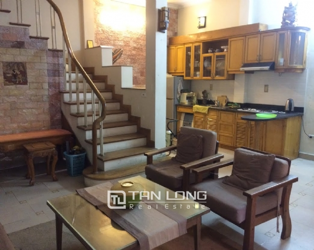 4 bedroom house for rent on Thong Phong, Dong Da 3