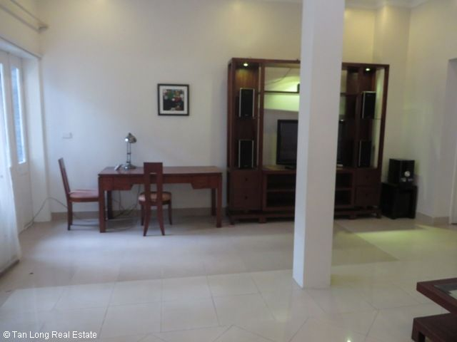 4 bedroom villa for lease in C4 Ciputra, fully furnished, capacious, new exposure 3