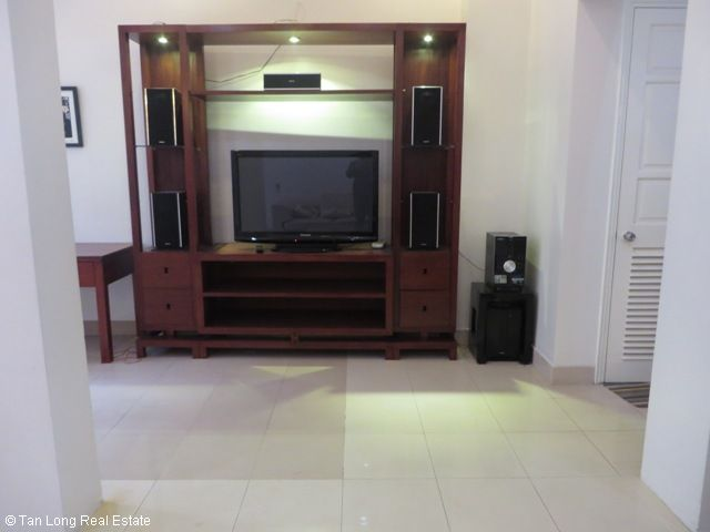 4 bedroom villa for lease in C4 Ciputra, fully furnished, capacious, new exposure 8