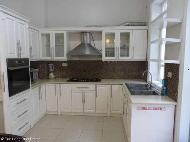 4 bedroom villa for lease in C4 Ciputra, fully furnished, capacious, new exposure 9