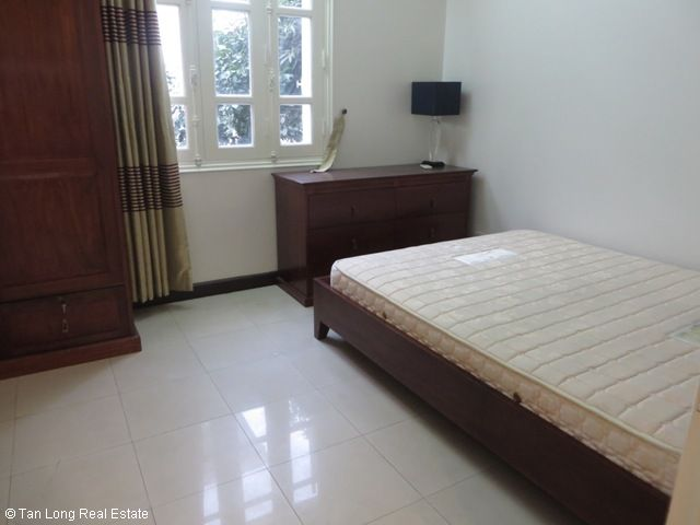 4 bedroom villa for lease in C4 Ciputra, fully furnished, capacious, new exposure 4