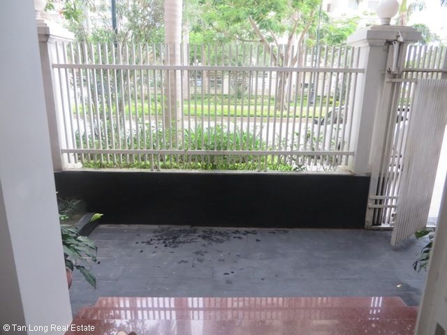 4 bedroom villa with garage for rent in D2 Ciputra, Tay Ho dist, Hanoi 1