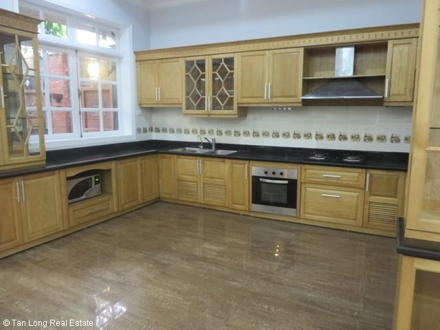4 bedroom villa with garage for rent in D2 Ciputra, Tay Ho dist, Hanoi 8