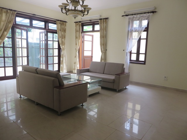 4 bedroom villa with garden for rent in C1 Ciputra, Tay Ho dist, Hanoi