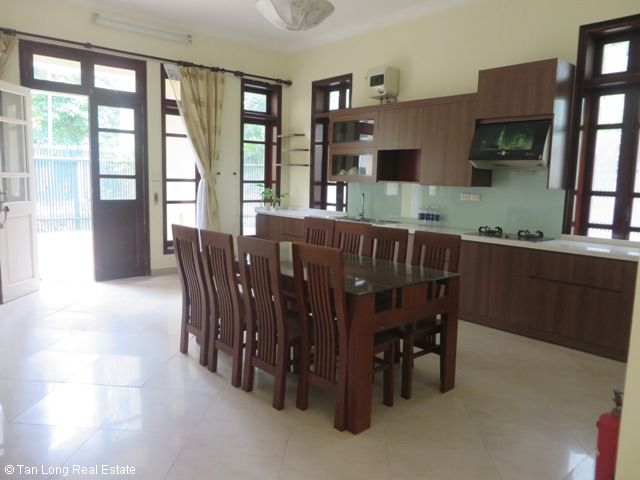 4 bedroom villa with garden for rent in C1 Ciputra, Tay Ho dist, Hanoi 2