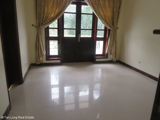 4 bedroom villa with garden for rent in C1 Ciputra, Tay Ho dist, Hanoi 1