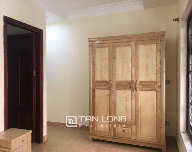 4 bedrooms house for lease in Au Co str., Tay Ho dist., Hanoi 6