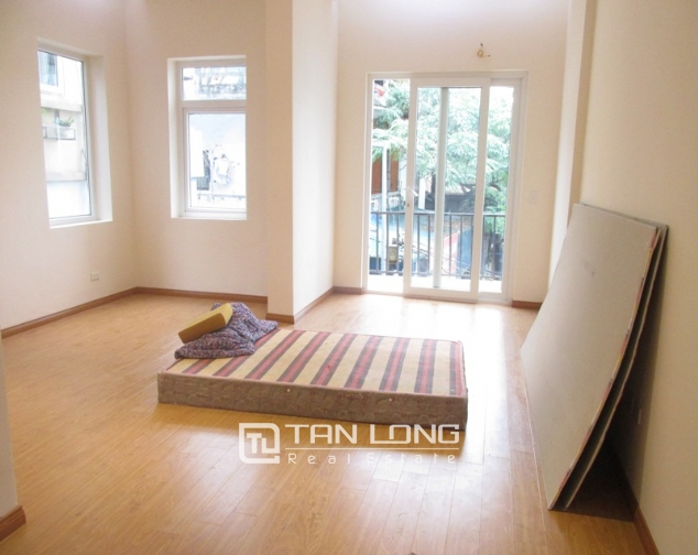 4 storey house for rent in La Thanh Street, Dong Da, $1000 10