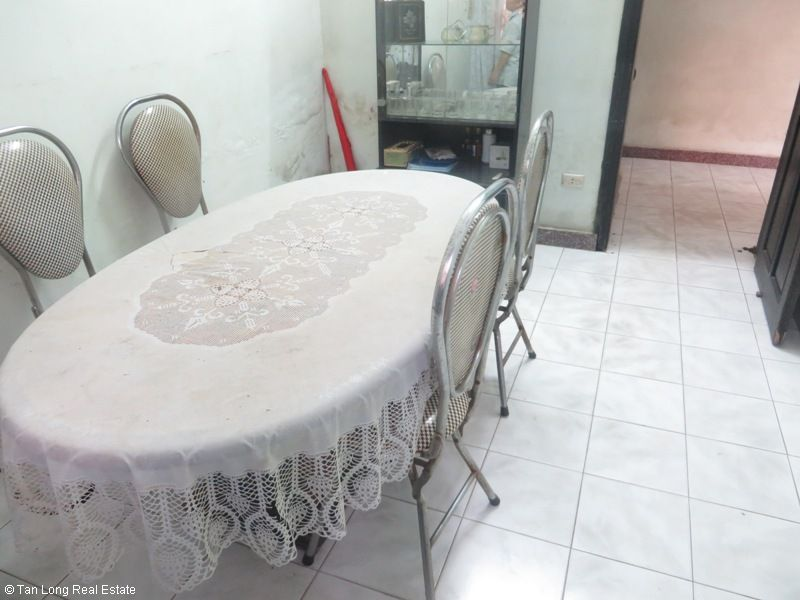 4 storey house for rent in Van Huong Lane, Ton Duc Thang street, Dong Da district 10