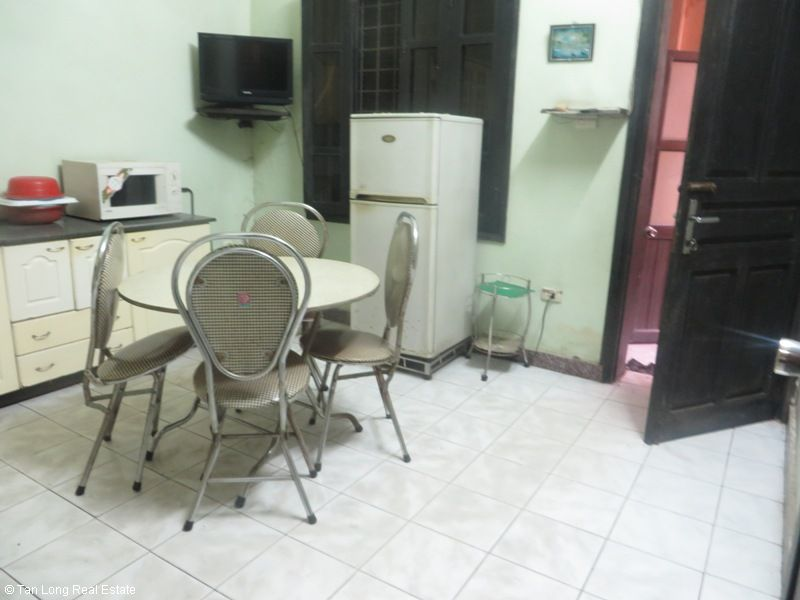 4 storey house for rent in Van Huong Lane, Ton Duc Thang street, Dong Da district 8