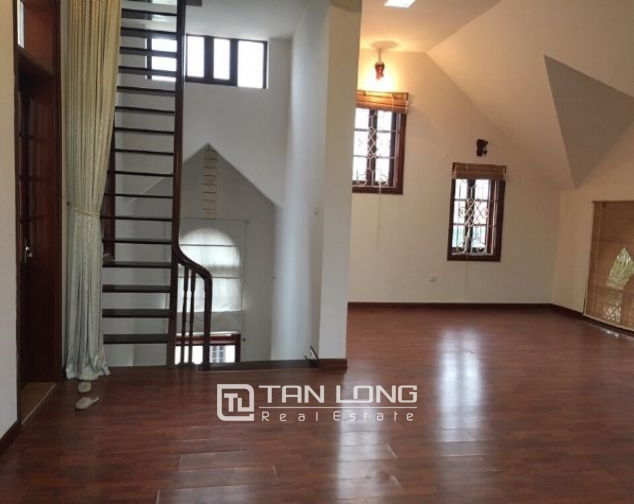 4 storey house to rent in Tay Ho street, no furniture 10