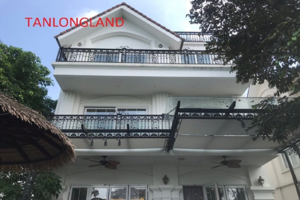 400SQM VILLAS FOR RENT IN VINHOMES RIVERSIDE, LONG BIEN DISTRICT