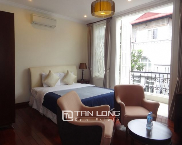 40m2 studio apartment for rent in Truc Bach, Ba Dinh district 4