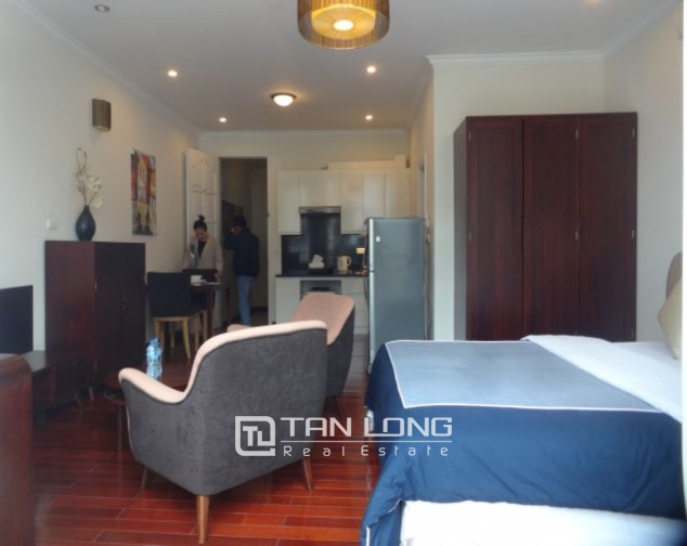 40m2 studio apartment for rent in Truc Bach, Ba Dinh district 7