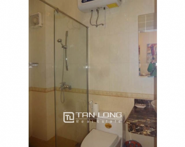 40m2 studio apartment for rent in Truc Bach, Ba Dinh district 1