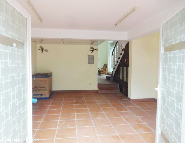 5 bedroom house for rent in Vuon Dao, Lac Long Quan St, Tay Ho dist, $1500 3