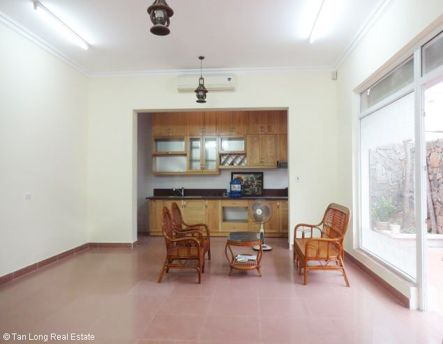 5 bedroom house for rent in Vuon Dao, Lac Long Quan St, Tay Ho dist, $1500 4