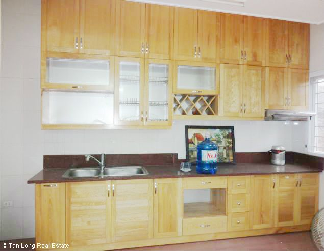 5 bedroom house for rent in Vuon Dao, Lac Long Quan St, Tay Ho dist, $1500 5