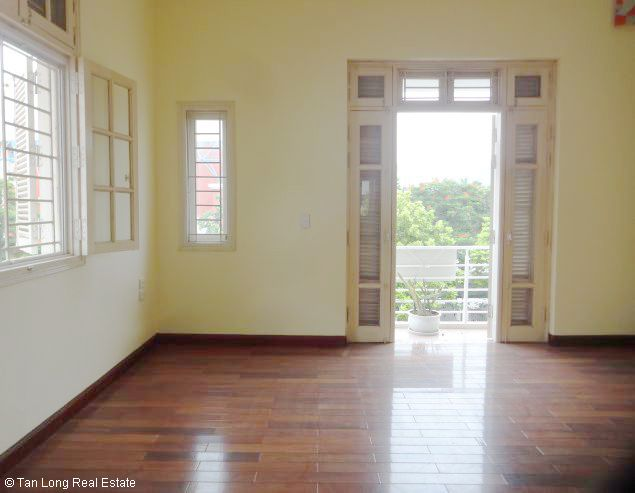 5 bedroom house for rent in Vuon Dao, Lac Long Quan St, Tay Ho dist, $1500 6