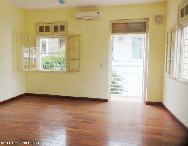 5 bedroom house for rent in Vuon Dao, Lac Long Quan St, Tay Ho dist, $1500 9