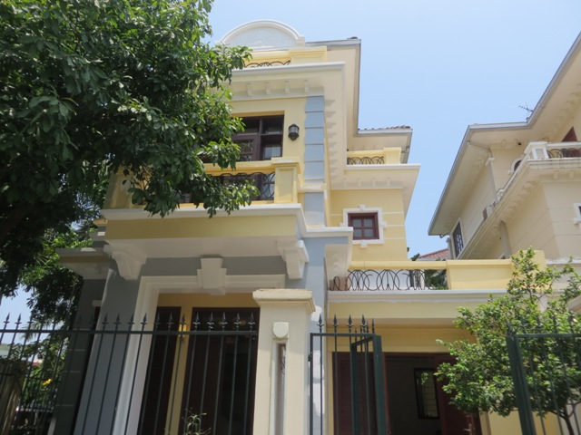 5 bedroom villa with garden for rent in D4 Ciputra, Bac Tu Liem dist, Hanoi