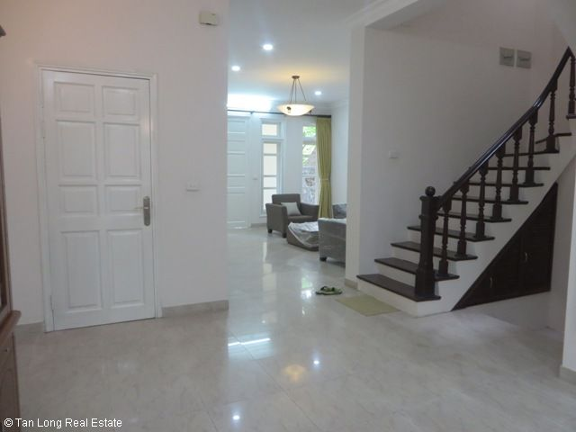 5 bedroom villa with garden for rent in D4 Ciputra, Bac Tu Liem dist, Hanoi 4