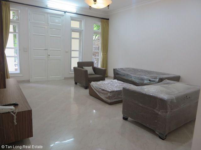 5 bedroom villa with garden for rent in D4 Ciputra, Bac Tu Liem dist, Hanoi 5