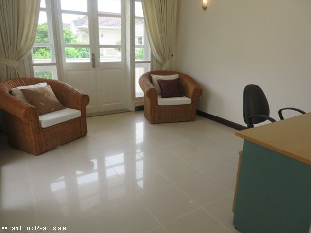 5 bedroom villa with garden for rent in D4 Ciputra, Bac Tu Liem dist, Hanoi 3