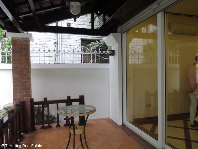 5 bedrooms, a green fully furnished villa for rent in Trung Hoa Nhan Chinh area, Cau Giay district, Hanoi 3