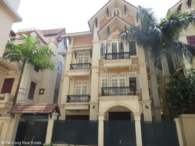 5 bedrooms, a nice house for rent on Trung Kinh street, Yen Hoa, Cau Giay district 1