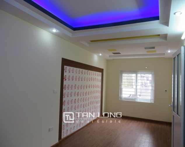 5 storey house for sale in Hoang Hoa Tham, Ba Dinh, Hanoi 7