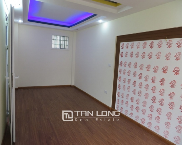5 storey house for sale in Hoang Hoa Tham, Ba Dinh, Hanoi 8