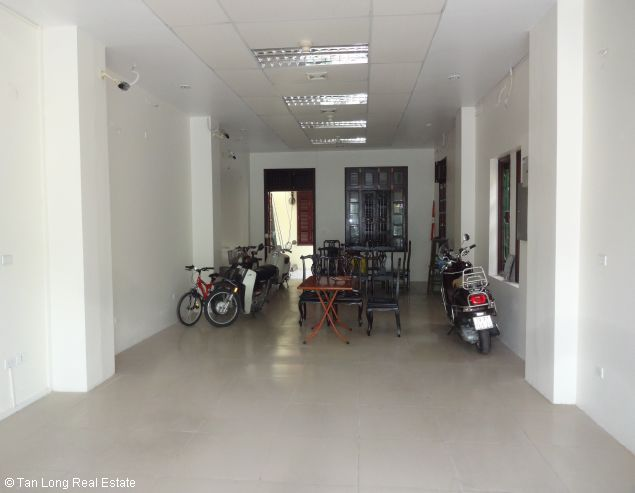 5 storey office for rent in Lac Long Quan, Tay Ho, Hanoi 4