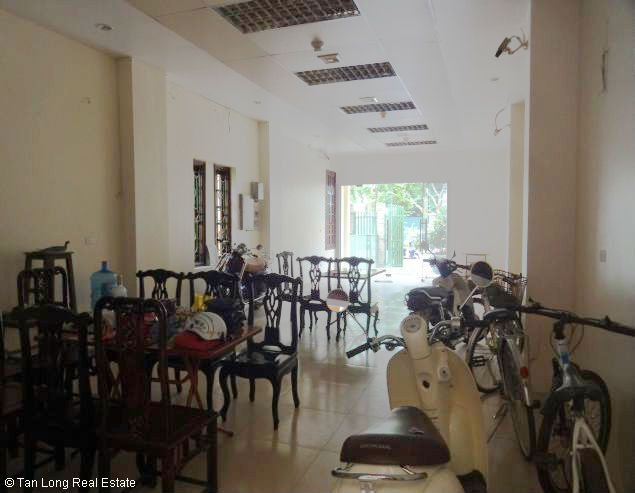 5 storey office for rent in Lac Long Quan, Tay Ho, Hanoi 5