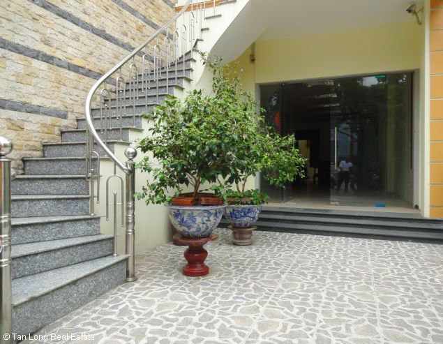 5 storey office for rent in Lac Long Quan, Tay Ho, Hanoi 6