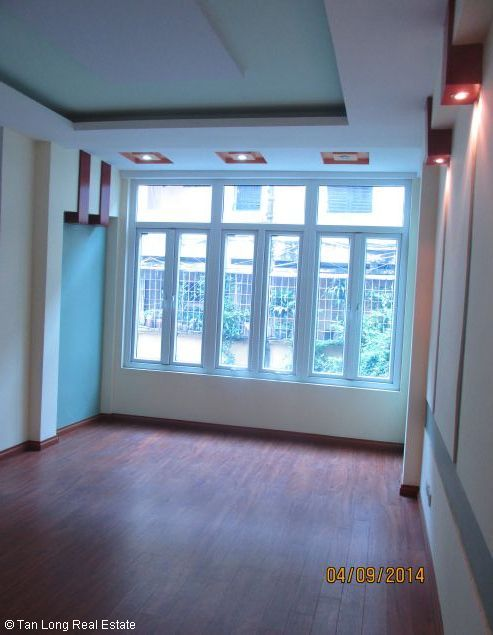5.5 storey house for sale in Lang Ha, Dong Da district, Hanoi. 6