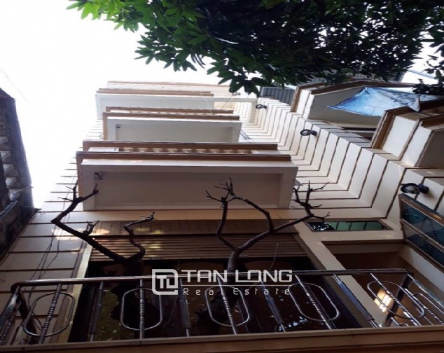 6 BEDROOM house for lease in Bach Dang street, near city center of Hanoi! 1