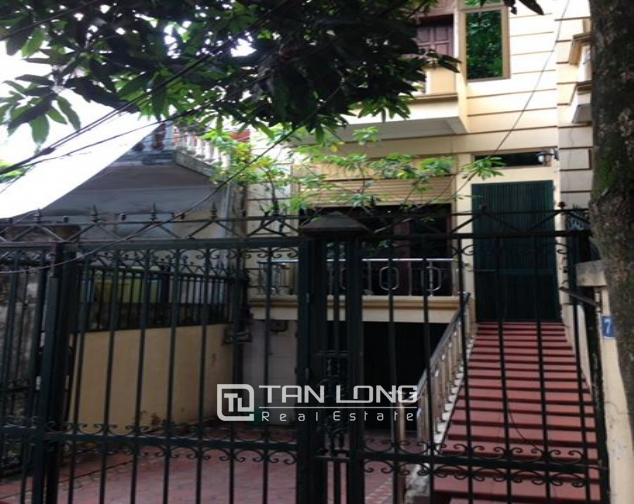 6 BEDROOM house for lease in Bach Dang street, near city center of Hanoi! 2