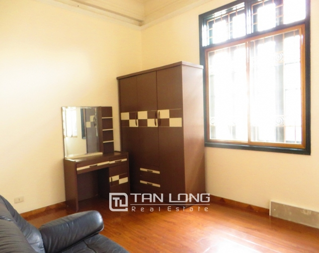 6 bedroom house for rent in Thong Phong lane, Ton Duc Thang street, Dong Da district 8