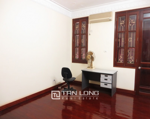 6 bedroom villa for lease in Hoang Hoa Tham str, Ba Dinh dist, Hanoi 10