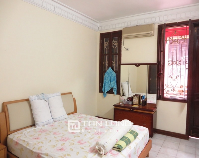 6 bedroom villa for lease in Hoang Hoa Tham str, Ba Dinh dist, Hanoi 9