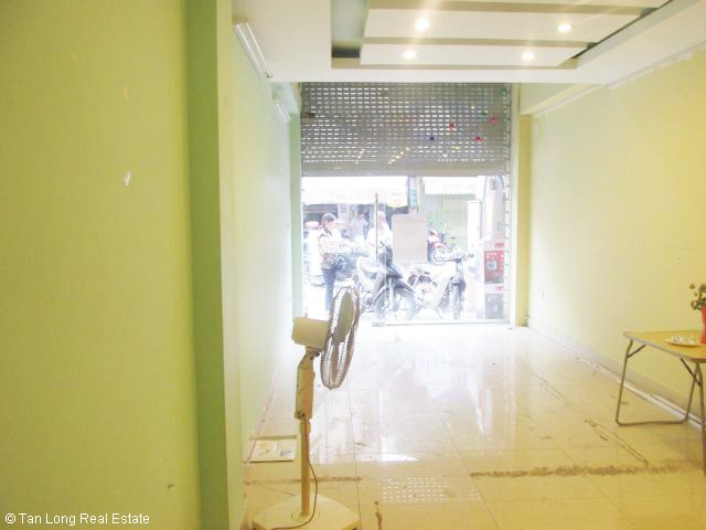 6 storey house for sale in Hao Nam street, Dong Da district, Hanoi. 2