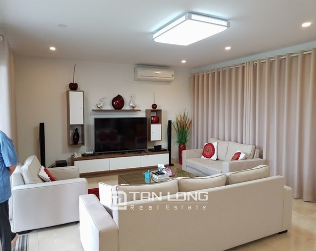 7 bedroom villa for rent at Ciputra, Tay Ho distr., Hanoi 1