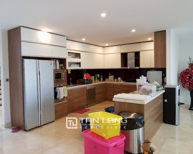 7 bedroom villa for rent at Ciputra, Tay Ho distr., Hanoi 4