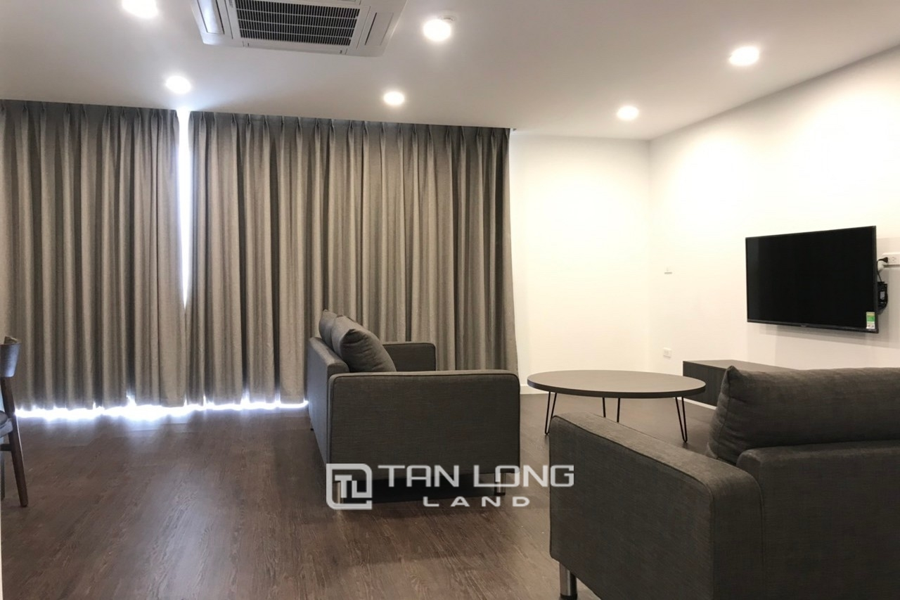 90m2 - 2Br | 2Bth Serviced Apartment in To Ngoc Van 1