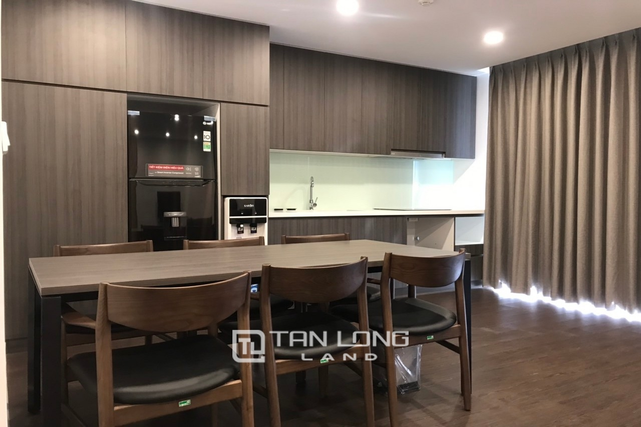 90m2 - 2Br | 2Bth Serviced Apartment in To Ngoc Van 5
