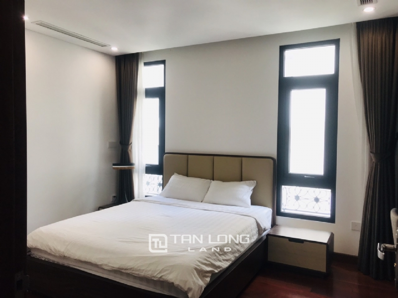 90sqm-2 bedrooms apartment for rent in Au Co street, Tay ho district 26