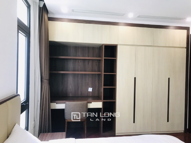 90sqm-2 bedrooms apartment for rent in Au Co street, Tay ho district 18
