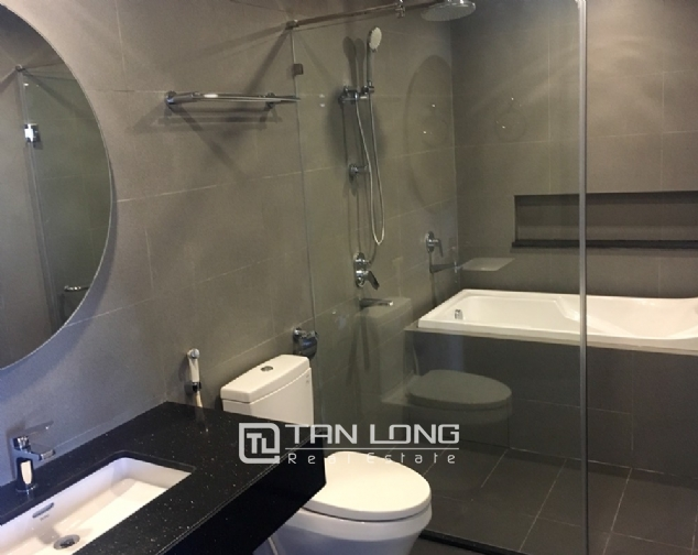 A 1-bedroom apartment for rent on Yen Hoa street, Tay Ho district! 5