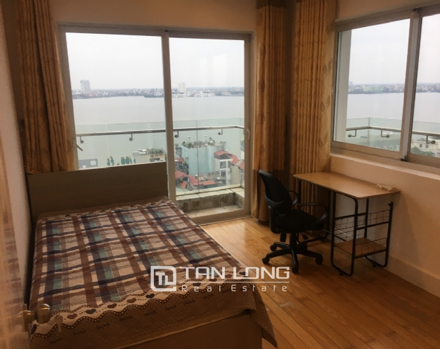 A 2-bedroom apartment for rent on Golden Weslake! 7